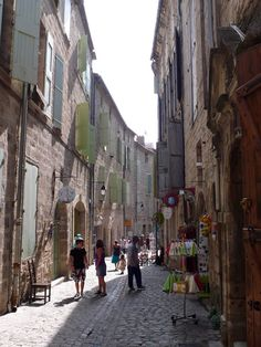 Pézenas :: a charming town :: narrow streets are filled with art shops, galleries, and studios and its heart beats to the rhythm of Molières