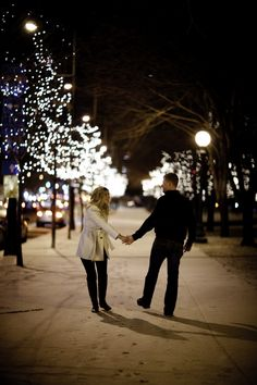 nighttime christmas photography I wanna do this in the square after they light the trees with my Family!