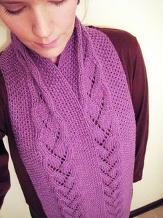 Heart Vines Scarf: A Free Pattern
