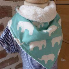 Bavoir bandana éponge écru et éléphant bleu turquoise, Fée Home e-shop A Little Market