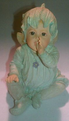 Fairy Baby Faerietots 'Comfy' Limited Numbered Figurine