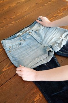 Finally! Now I know how to make cute cut-offs without ruining a pair of jeans!!