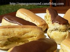 Eclair Au Cafe, Eclairs, Hot Dog Buns, Pancakes, Sweets, Bread, Baking, Breakfast, Food