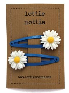 Lottie Nottie Hairclips Daisy Blue - £3.99 - A great range of Lottie Nottie Hairclips Daisy Blue - FREE Delivery over £25!