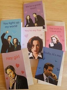 Mulder and Scully style Gillian Anderson David Duchovny, The Lone Gunmen, David And Gillian, Aliens, Dana Scully, My Funny Valentine, Pick Up Lines, Love Story, Nerdy