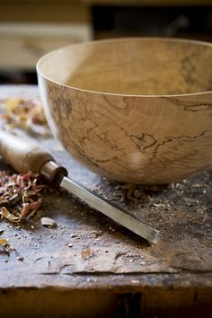Spalted Silver Maple Bowl – Bowl & Pitcher