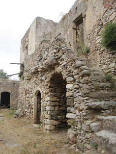Mylopotamos, Kythera Mykonos, Santorini, Beautiful Islands, Beautiful Places, Greek Town, Greece Pictures, Abandoned Buildings, Greek Islands, Crete