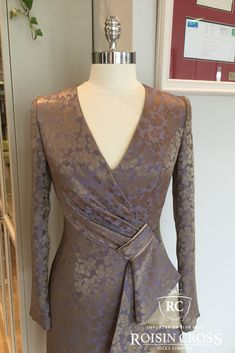 Dressmaking service for ladies day wear and occasional wear dresses and blouses at Roisin Cross Silks, Dublin Call us on 1 2846282 Day Dresses, Summer Dresses, Formal Dresses, Dress Making Patterns, Printed Silk, Silk Crepe, Ladies Day, Dressmaking, Vogue
