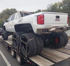 #trucks and #cars Jacked Up Trucks, Dually Trucks, Lifted Cars, Diesel Trucks, Cool Trucks, Chevy Trucks, Truck Drivers, Lifted Chevy, 6x6 Truck