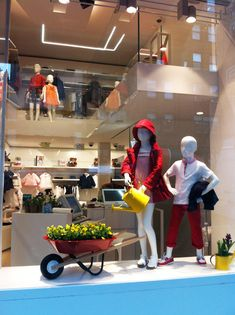 Il Gufo windows by Francesca Signori, New York visual merchandising