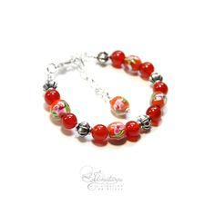Bracelet fleuri en verre orange et cornaline. Collection Russian Love, Ilmatarja Création de Bijoux. #russianfolk #folktrend #boheme #folk