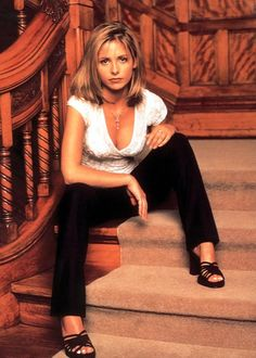 Sarah Michelle Gellar as #Buffy
