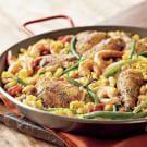 Paella a la Valenciana Recipe - Easy Ethnic Recipes Tapas Dinner, Dinner Menu, Dinner Ideas, Spanish Dishes, Spanish Food, Spanish Paella, Gourmet Cooking, Cooking Recipes, Valenciana Recipe
