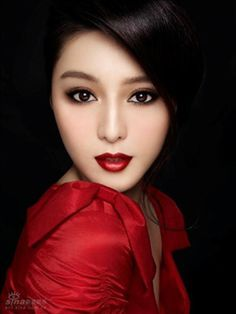 red lips bride -