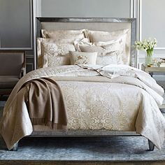 Luxury Bedding from the Top Designer Bedding Brands Bedding Sets Online, Luxury Bedding Sets, Geometric Bedding, Hotel Collection Bedding, Black Bed Linen, Matching Bedding And Curtains, Bedding Websites, Red Bedding, Luxury Bedding Collections