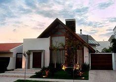 Resultado de imagem para fachadas de casas rusticas modernas #casasrusticasmodernas