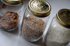 Goedkope voorraadpotten zijn leuk voor noten, rijst en spelt.