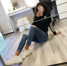 Fashion outfit for girls❤ Cute Outfits For School, Cute Casual Outfits, Sporty Outfits, Swag Outfits, Outfits For Teens, Sporty Hair, Teen Fashion Outfits, Basic Outfits, Girl Outfits