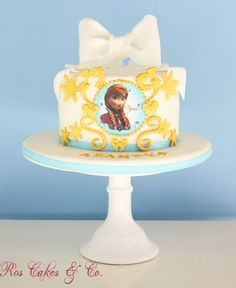 Frozen Cake by Ros Cakes & Co.