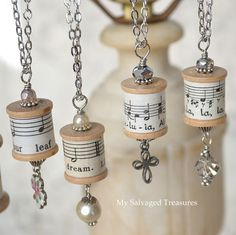 I played with old thread spools and music sheets again. - I played with old thread spools and music sheets again. This … # thread spools - Wooden Spool Crafts, Wooden Spools, Cork Crafts, Diy Schmuck, Schmuck Design, Jewelry Crafts, Handmade Jewelry, Jewelry Tree, Wine Cork Jewelry