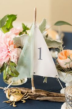 [tps_header] We're always looking for creative and inexpensive DIY wedding ideas and that's exactly why we love driftwood wedding decor. Beach Wedding Tables, Boat Wedding, Wedding Seating, Diy Wedding, Wedding Ideas, Destination Wedding, Elegant Wedding, Wedding Favors, Wedding Flowers