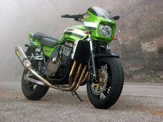 Kawasaki ZRX 1200 Eddie Lawson Replica