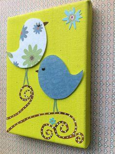Vrolijke vogeltjes! Schilder een doekje in een vrolijke kleur, knip uit scrappapier de vogels, opplakken en verder aankleden!