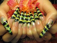 back yellow bee ring nail art #nails www.loveitsomuch.com