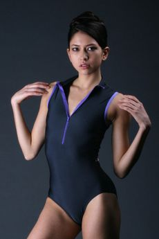 love the color combo on this yumiko