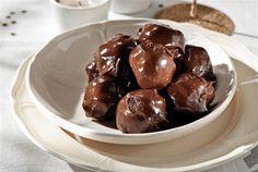 Daddy Cool!: Βελούδινες σοκολατένιες τρούφες των 3 υλικών!!!