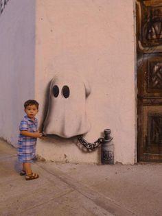 little ghost.street art, Colombie_ Janvier 2013