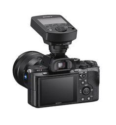 In data odierna, Sony ha presentato un innovativo sistema flash radiocomandato, pensato per rispondere alle esigenze in continua...