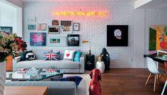 12 belos arranjos de quadros para decorar as paredes