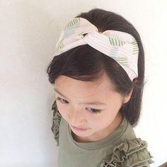買うより早い!ヘアバンド(ヘアターバン)の作り方2種 | nunocoto Creative Kids, Shibori, Sewing Hacks, Hair Band, Handicraft, Headbands, Diy And Crafts, Hair Beauty, Knitting