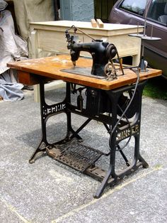 A few years ago the 'in laws' gave me an old industrial Singer sewing table that promptly went into our storage unit while we traveled overs. Sewing Machine History, Singer Sewing Tables, Home Tools, Vintage Sewing Machines, Diy Arts And Crafts, Restoration, Sewing Projects, Old Things, Antiques