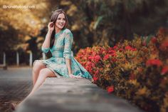 How 12 Zodiac Signs Want to Be Loved - Deepest Secrets You Need To Know Girl Photo Shoots, Girl Photo Poses, Girl Poses, Picture Poses, Portrait Photography Poses, Photography Poses Women, Quinceanera Photography, Best Photo Poses, Stylish Girls Photos