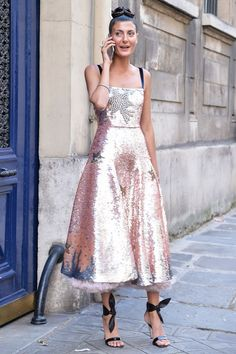 Girl Fashion, Fashion Looks, Womens Fashion, Style Fashion, Pink Wedding Colors, Giovanna Battaglia, Swarovski, Glitz And Glam, Dress To Impress