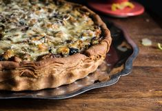 whole wheat pie crust tart with chicken and veggies Whole Wheat Pie Crust, Tart, Veggies, Low Carb, Chicken, Sweet, Desserts, Food, Candy