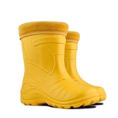Kalosze dziecięce Smyk firmy Kolmax są idealne na każdą pogodę. Poprzez pęcherzyki obecne w tworzywie EVA kalosze utrzymują ciepło wewnątrz buta. Są w 100% wodoszczelne.