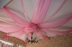 cute way to decorate ceiling