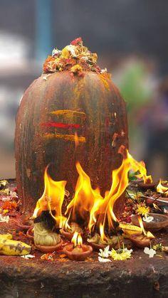 Om Namah Shivaya - Om Namah Shivaya (Sanskrit: ॐ नमः शिवाय; IAST: ॐ Namaḥ Śivāya) is one of the most popular Hindu mantras and the most important mantra in Shaivism. Rudra Shiva, Mahakal Shiva, Shiva Statue, Lord Krishna, Aghori Shiva, Krishna Radha, Lord Ganesha, Lord Shiva Pics, Lord Shiva Hd Images