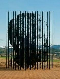 """Release"", Nelson Mandela monument, Howick, KwaZulu-Natal, South Africa by artist Marco Cianfanelli Nelson Mandela, Population Du Monde, Midland Meander, South African Artists, Out Of Africa, Illusion Art, Land Art, Art Plastique, Op Art"