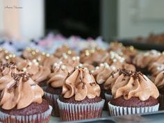 Chocolate Cupcakes, Mini Cupcakes, Food And Drink, Sweets, Cooking, Desserts, Koti, Peanut Butter, Treats