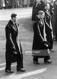 King Edward VIII and his brothers, Prince Albert, Duke of York and Prince Henry, Duke of Gloucester British Royal Family History, English Royal Family, George Duke, King George Iv, Prince Henry, Prince Albert, Queen Mary, Queen Mother, Eduardo Viii