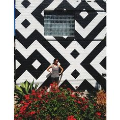 Outdoor Living Inspiration From Instagram– Who says your art has to be inside?