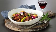 BIFFSAUTE Pot Roast, Pork, Beef, Ethnic Recipes, Carne Asada, Kale Stir Fry, Roast Beef, Ox, Pork Chops