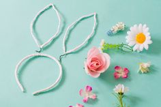 Learn how to make your own floral lace bunny ears for Easter! These would also make the perfect accessory for your flowers girls or bridesmaids for a spring wedding!