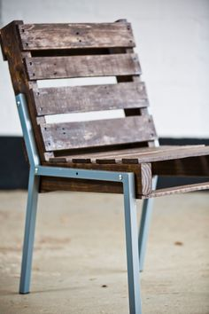The full back pallet chair is now available with steel legs. The chair bodies can be stained and the legs can be finished to your exact specs for