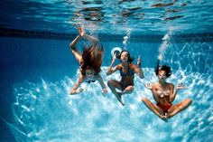 Take underwater pics ♥ bff pictures, beach pictures, summer pictures, bes. Best Friend Pictures, Bff Pictures, Friend Photos, Summer Pictures, Beach Pictures, Summer Vibes, Summer Fun, Summer Pool, Summer 2015