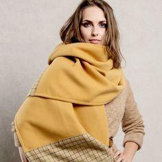 wollen Schal Tuch Plaid kariert  honigfarbenen von CADO accessories auf DaWanda.com